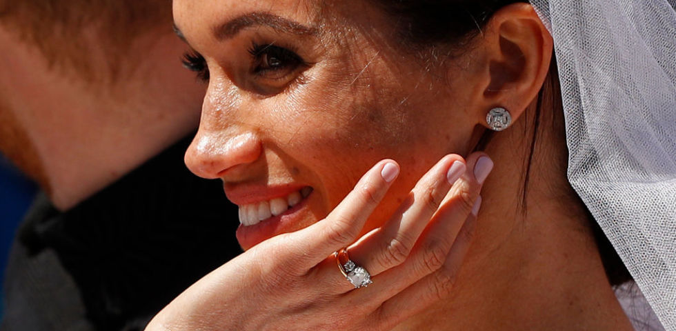 Anche Lady Diana e Grace Kelly hanno ridisegnato l'anello di fidanzamento come Meghan Markle