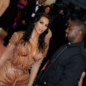 La figlia di Kim Kardashian sul palco a soli sei anni