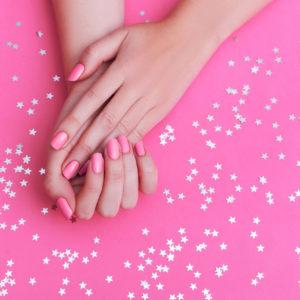 Beauty Trend: tutto sulla pink manicure