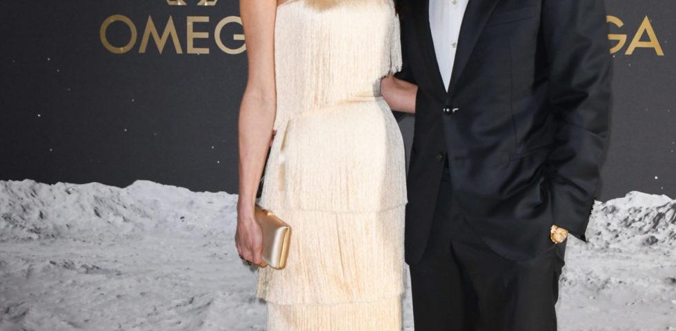 Amal Clooney: look anni '20 al fianco di George