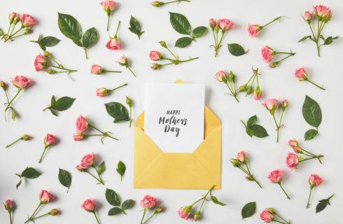 Buona Festa della Mamma 2019: frasi e aforismi più belli