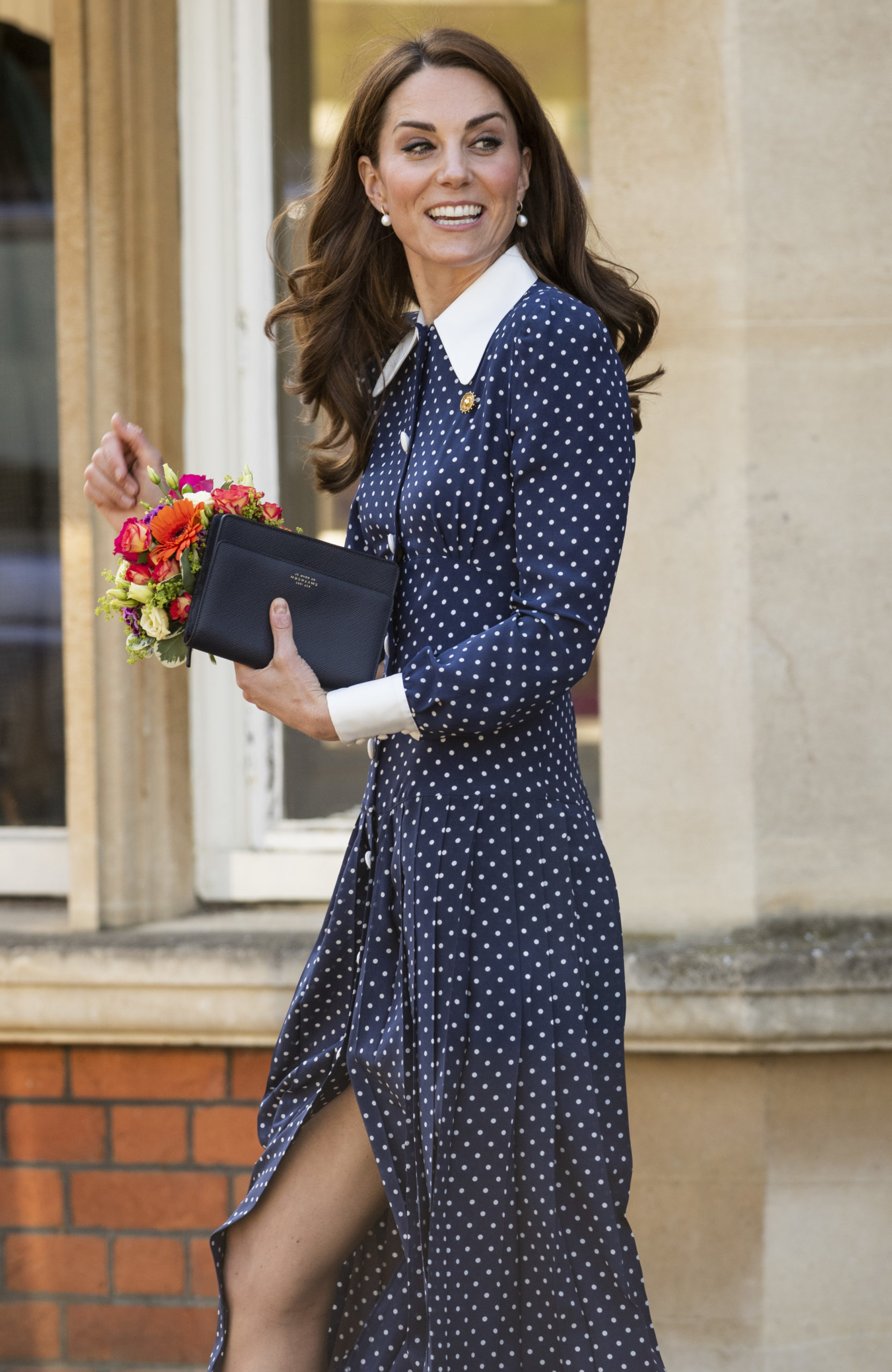 Kate Middleton infrange il protocollo