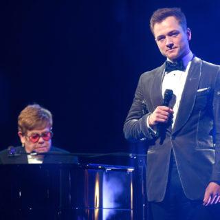 Cannes: Elton John commosso per lo show con Taron Egerton