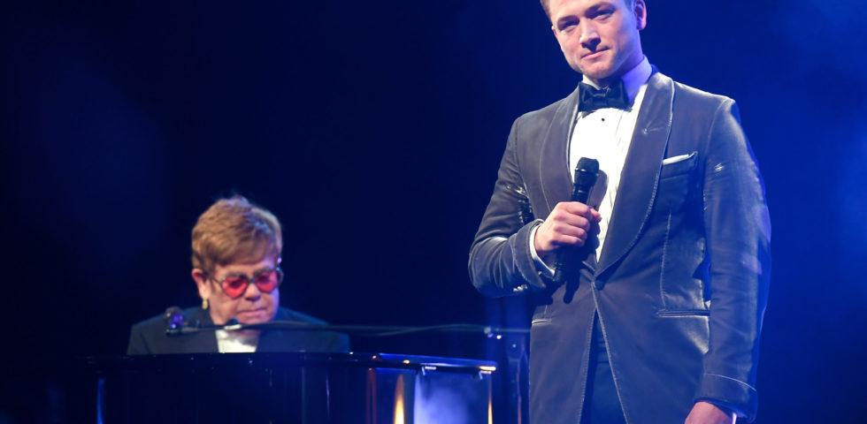 Cannes 2019: Elton John commosso dopo l'esibizione con Taron Egerton