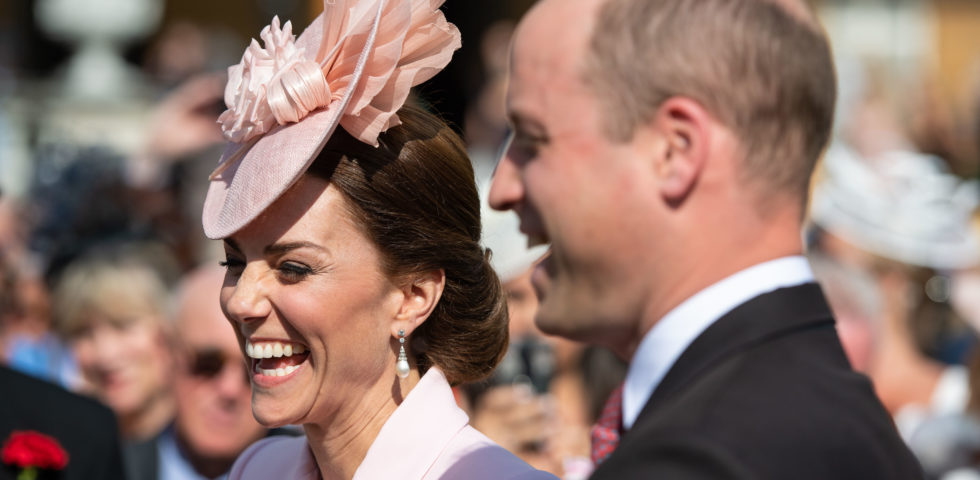 Kate Middleton in rosa per il garden party della Regina