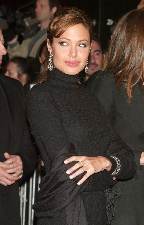 Buon compleanno Angelina Jolie