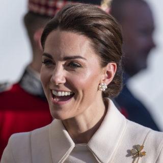 Kate Middleton ricicla il cappotto di Catherine Walker