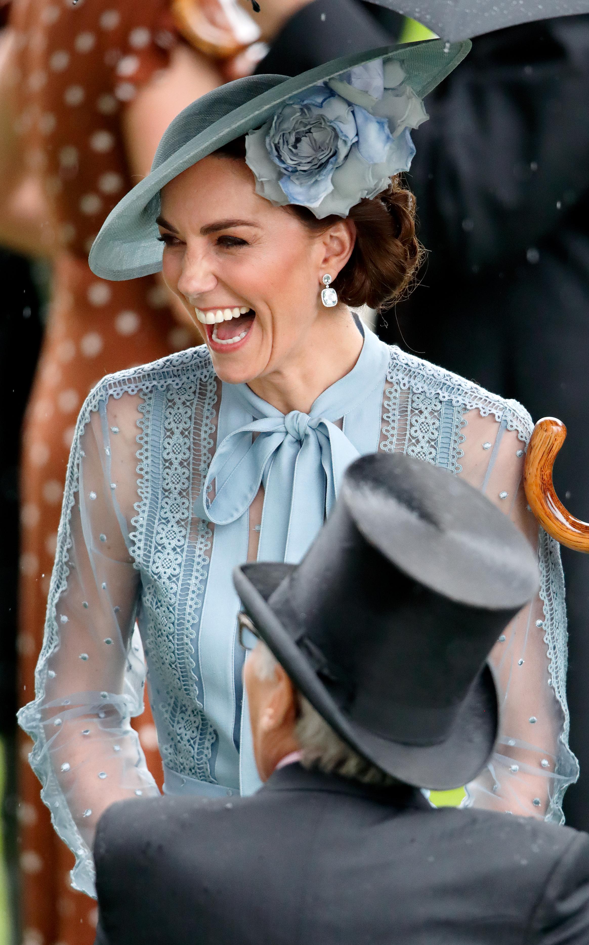 Kate floreale per il Royal Ascot
