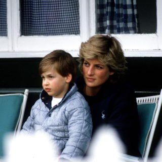 Principe William: il gesto in ricordo di Lady Diana