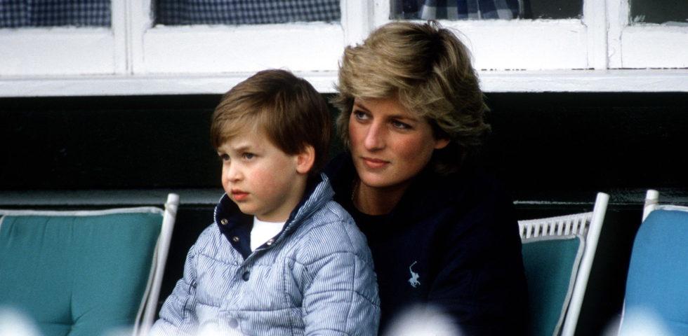 Il Principe William ringrazia la folla accorsa per ricordare il compleanno di Lady Diana