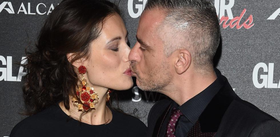 Eros Ramazzotti e Marica Pellegrinelli al mare con i figli: sono tornati insieme?