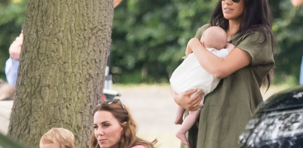 Kate Middleton e Meghan Markle con i figli alla partita di polo