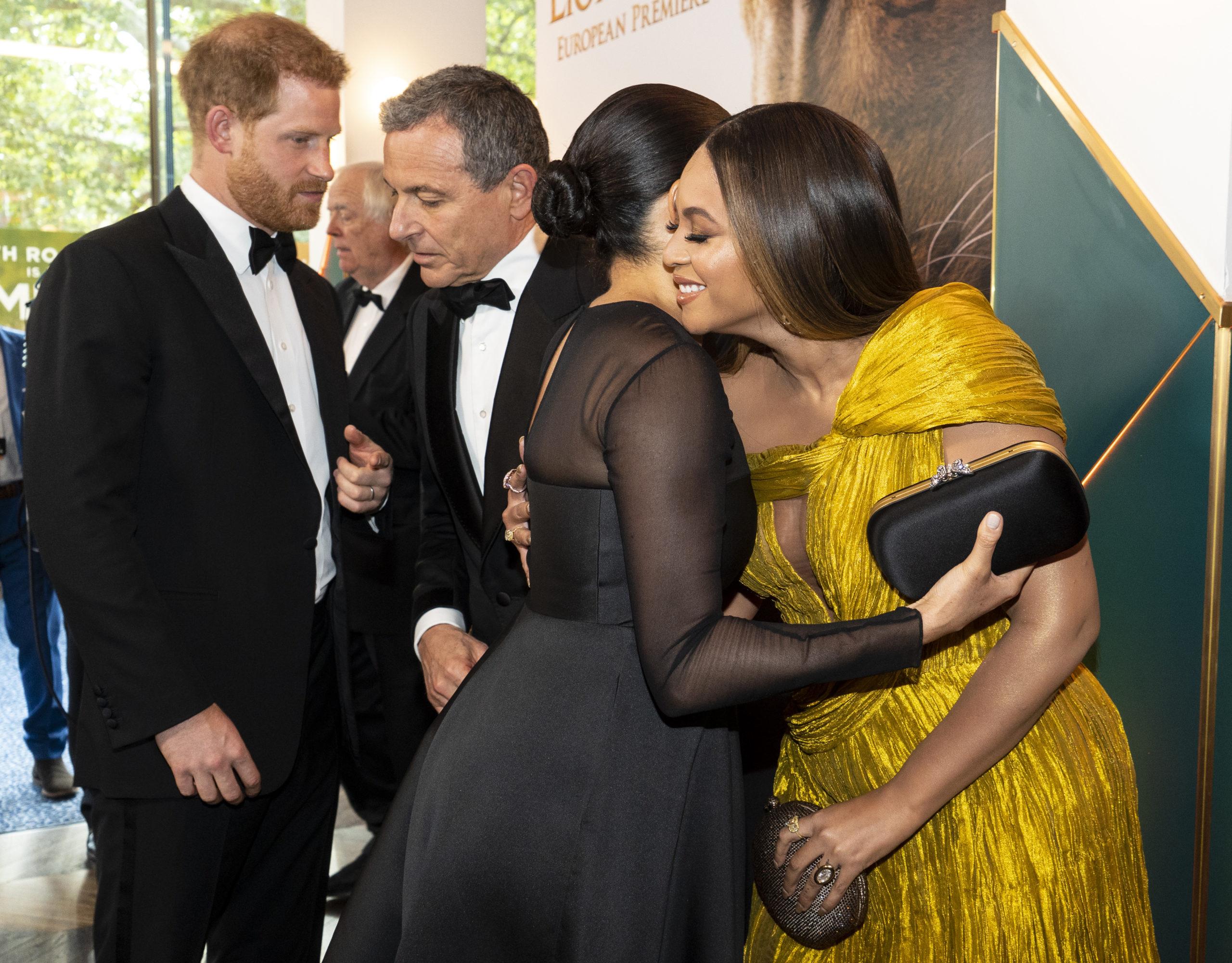 Meghan e Harry alla prima del Re Leone