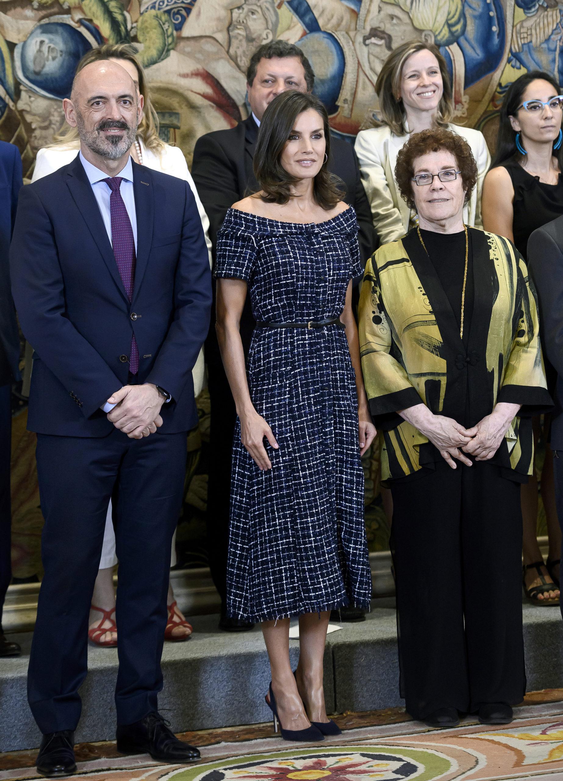 Letizia Ortiz scegli abiti low cost