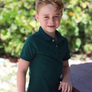 Baby George compie sei anni: le foto di mamma Kate