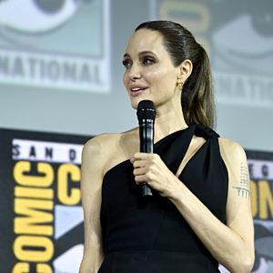 Angelina Jolie produrrà uno show per bambini sulle fake news