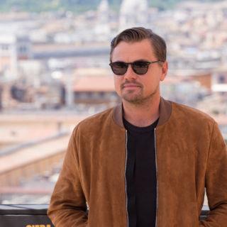 DiCaprio e la fidanzata innamoratissimi in Italia
