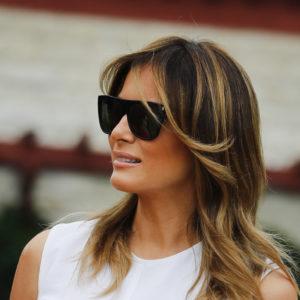 Melania Trump: lo scandalo della costosissima gonna pitonata