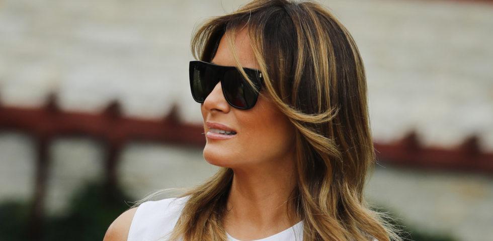 Melania Trump: l'outfit animalier da 7mila euro divide il web