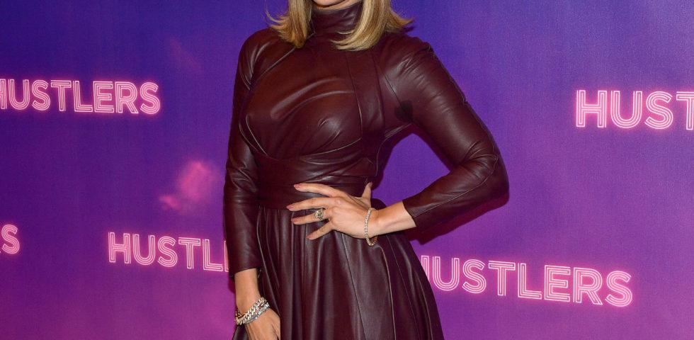 Jennifer Lopez cambia taglio di capelli: il suo nuovo lob