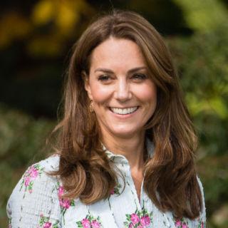 Kate Middleton inaugura il suo giardino e omaggia Lady Diana