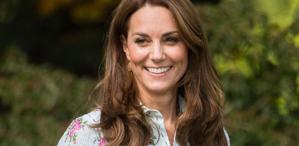 Kate Middleton inaugura il suo giardino con un omaggio a Lady Diana