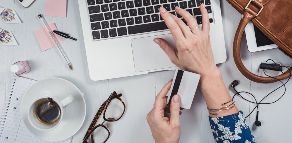 Taglie dei pantaloni: i consigli per non sbagliare con gli acquisti online