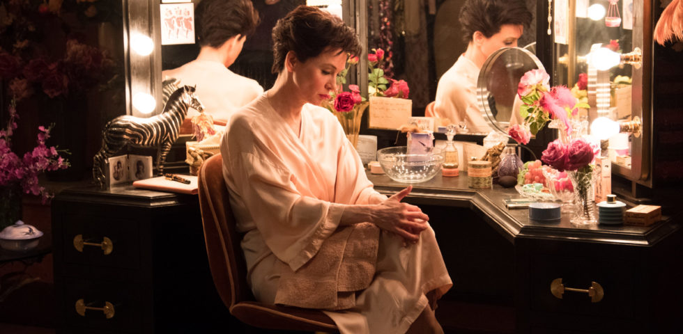 Judy, trama e recensione del film con Renée Zellweger