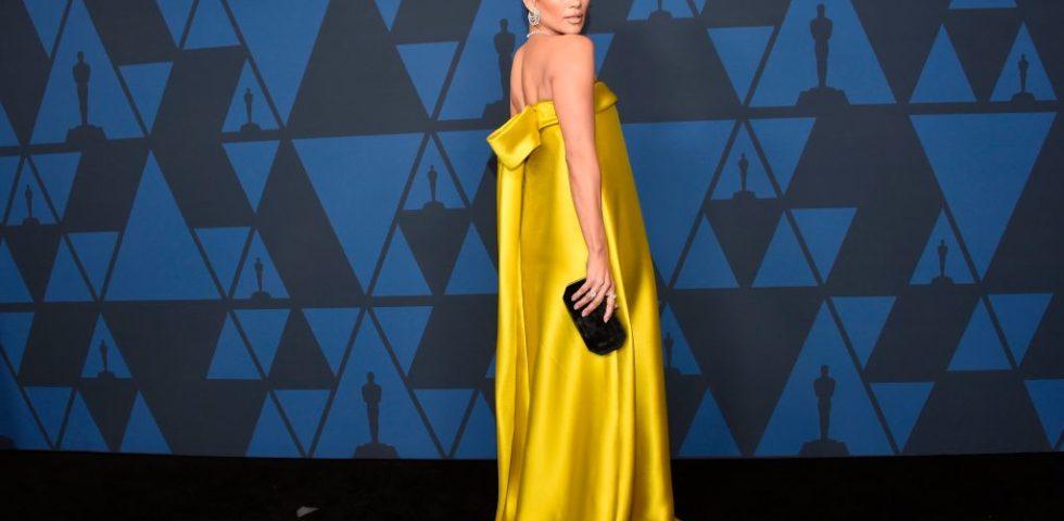Governors Awards 2019: Sophia Loren sul red carpet con Jennifer Lopez e Chalize Theron