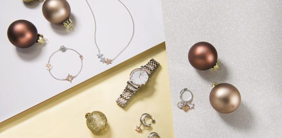Regali di Natale per lui e per lei: gli accessori più utili e originali