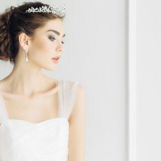 Trend Alert: gli accessori per capelli da sposa più belli