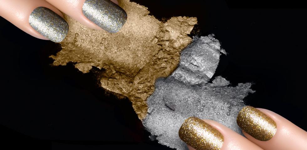 Unghie con brillantini: idee per la nail art di Capodanno