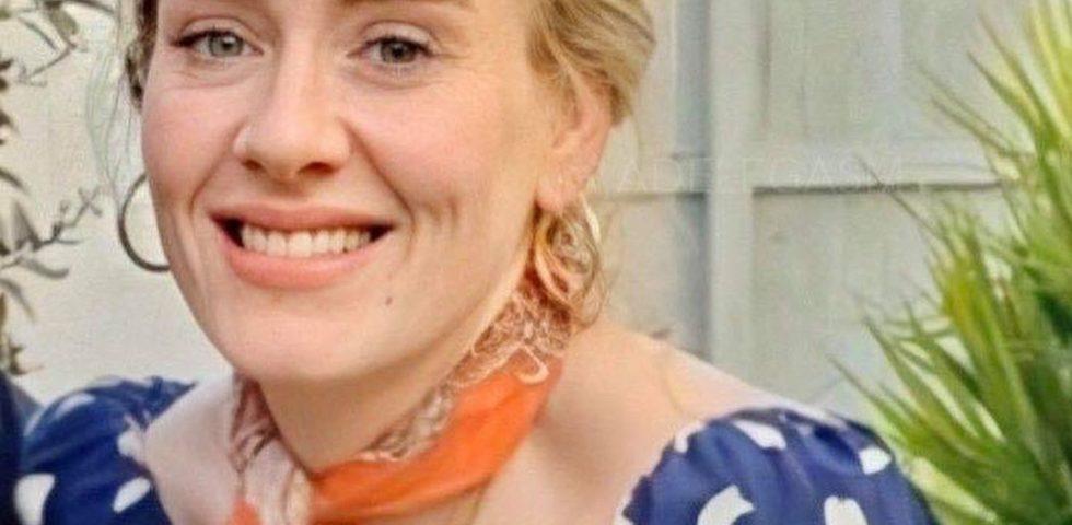 Adele, il suo abito a pois è già tendenza moda della primavera estate 2020