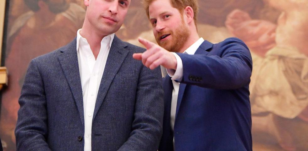 William e Harry comunicato congiunto per smentire l'accusa di bullismo