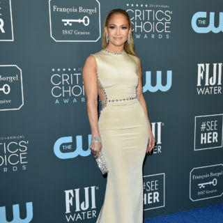 Da JLo a Charlize Theron: i look dei Critics' Choice Awards