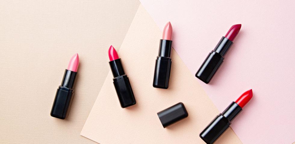 Rossetto per labbra sottili: quale colore scegliere?