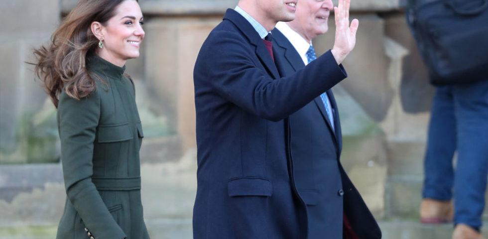 Kate Middleton torna a lavorare con un abito Zara e fa dimenticare Meghan Markle