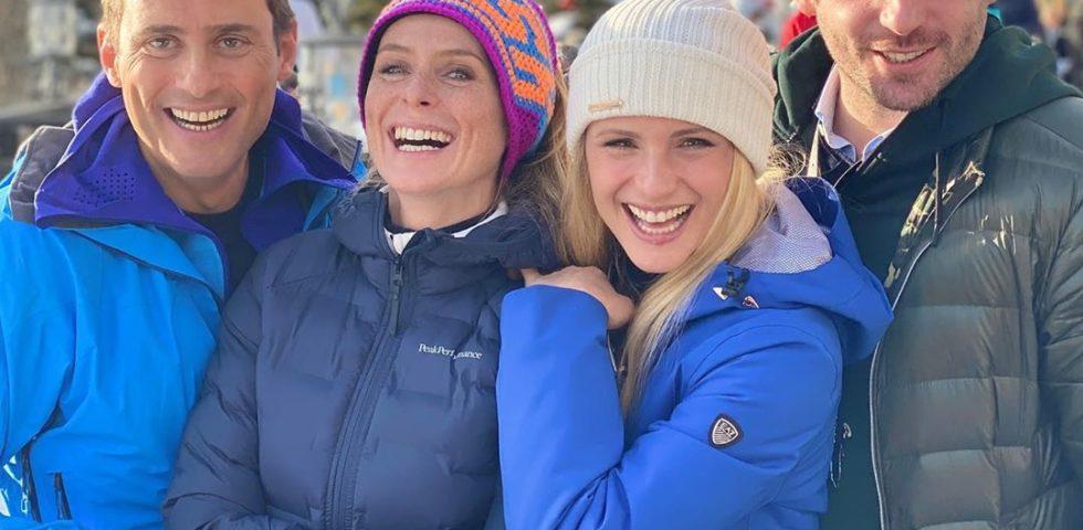 Le vacanze sulla neve di Michelle Hunziker e Tomaso Trussardi con le figlie