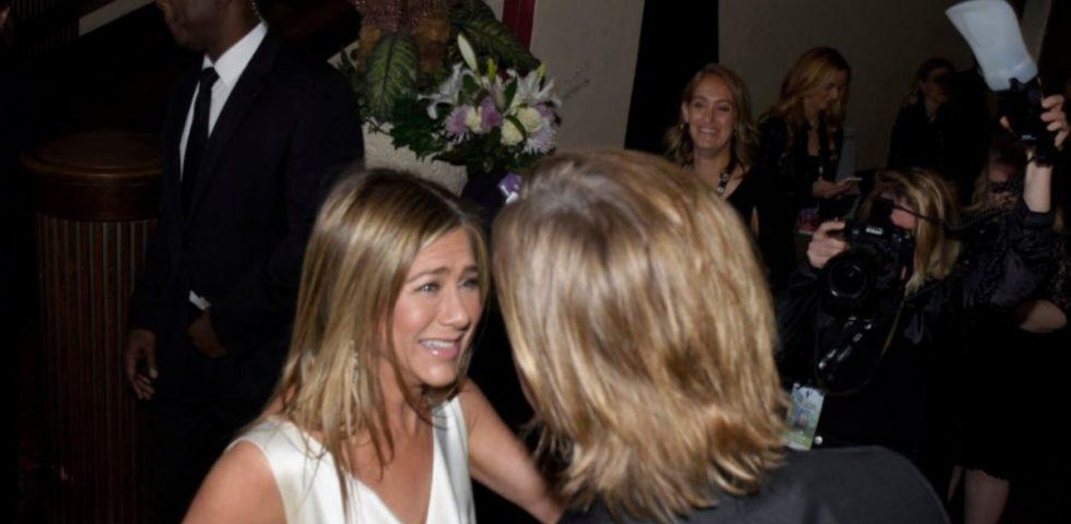 """Courteney Cox fa il tifo per Jennifer Aniston e Brad Pitt: """"Si amano ancora, senza dubbio"""""""