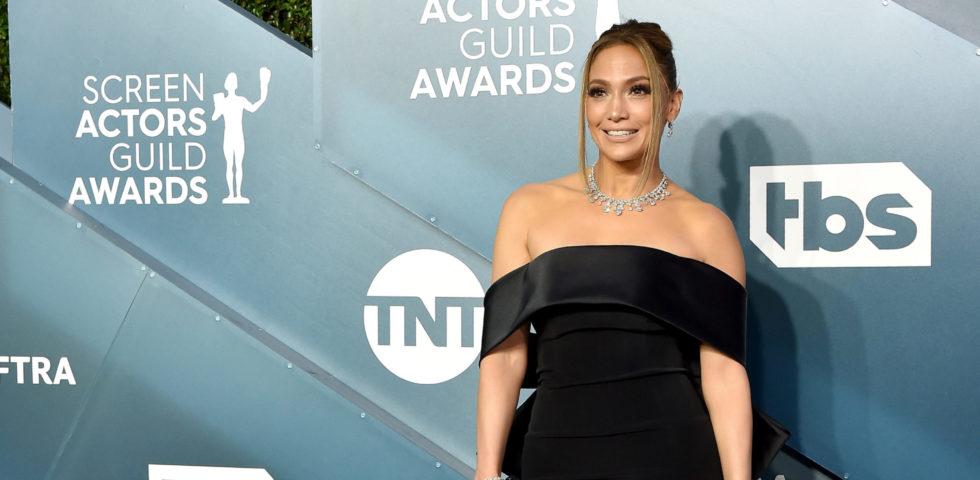 Jennifer Lopez brilla ai SAG Awards 2020 con 9 milioni di diamanti