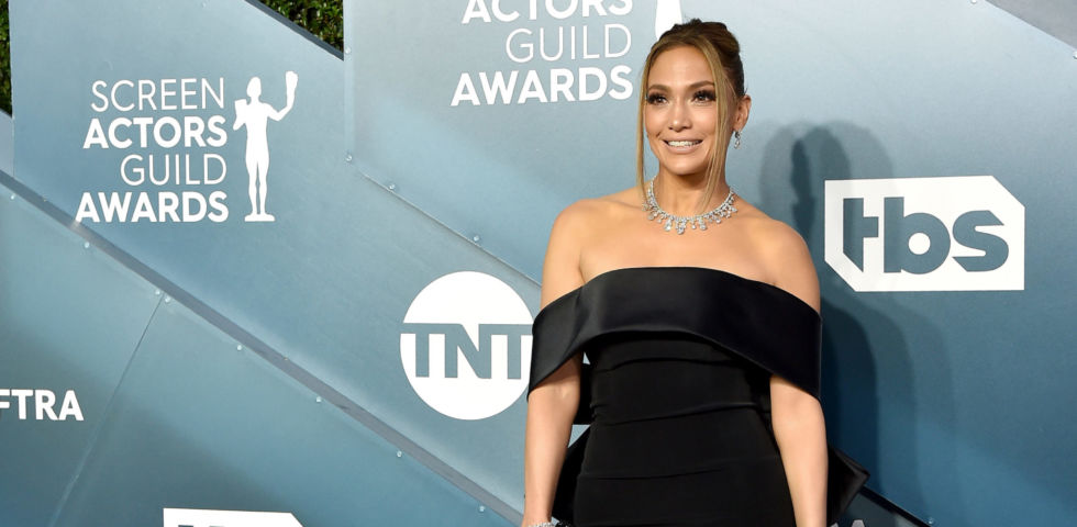 Jennifer Aniston, Scarlett Johansson, Jennifer Lopez e Charlize Theron sul red carpet dei Sag Awards 2020