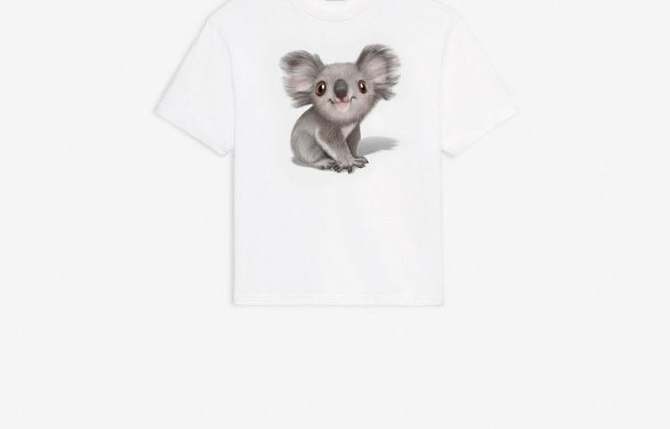 La maglietta Balenciaga per salvare i Koala in Australia