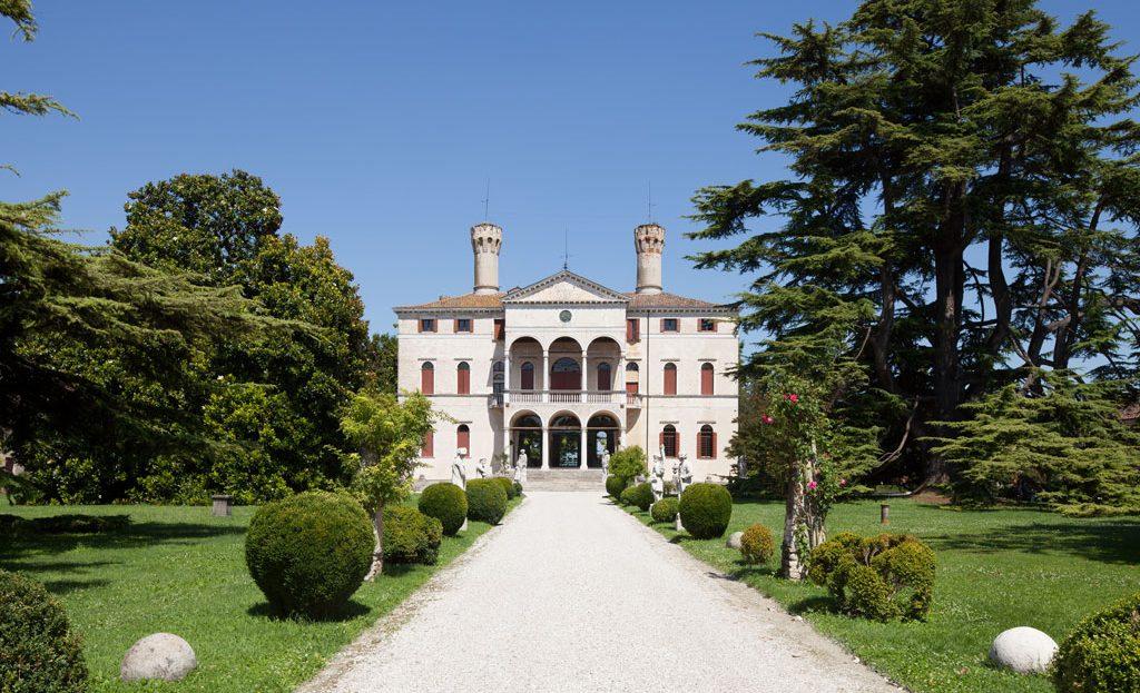 Dimore storiche dove dormire in Italia
