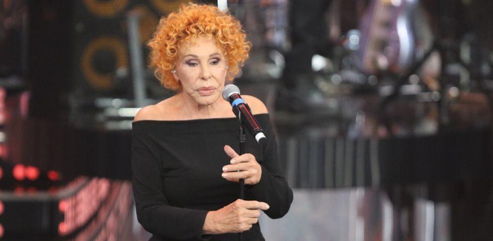 """Sanremo 2020: Ornella Vanoni si scaglia contro Junior Cally, """"osceno"""""""