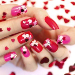 """San Valentino: 7 idee per unghie """"in love"""""""