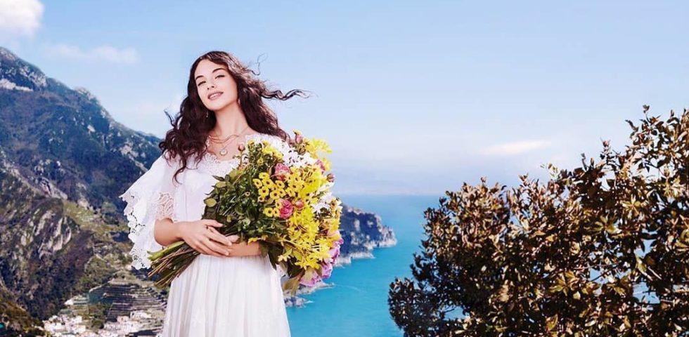 Deva Cassel: le immagini della figlia di Monica Bellucci per Dolce & Gabbana