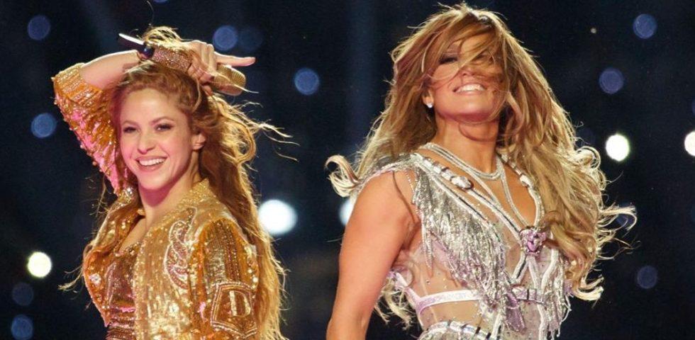Jennifer Lopez e Shakira al Super Bowl 2020 fanno impazzire il pubblico