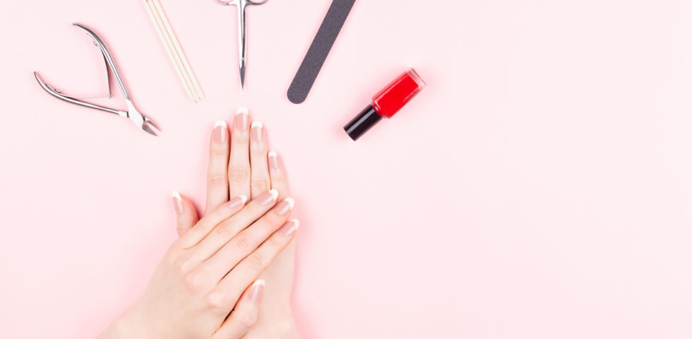Unghie a ballerina o coffin nails: come realizzarle?