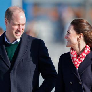 Kate e William: primi gesti d'affetto in pubblico