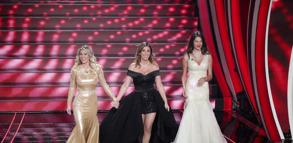 Sanremo 2020: i look delle conduttrici per la finale